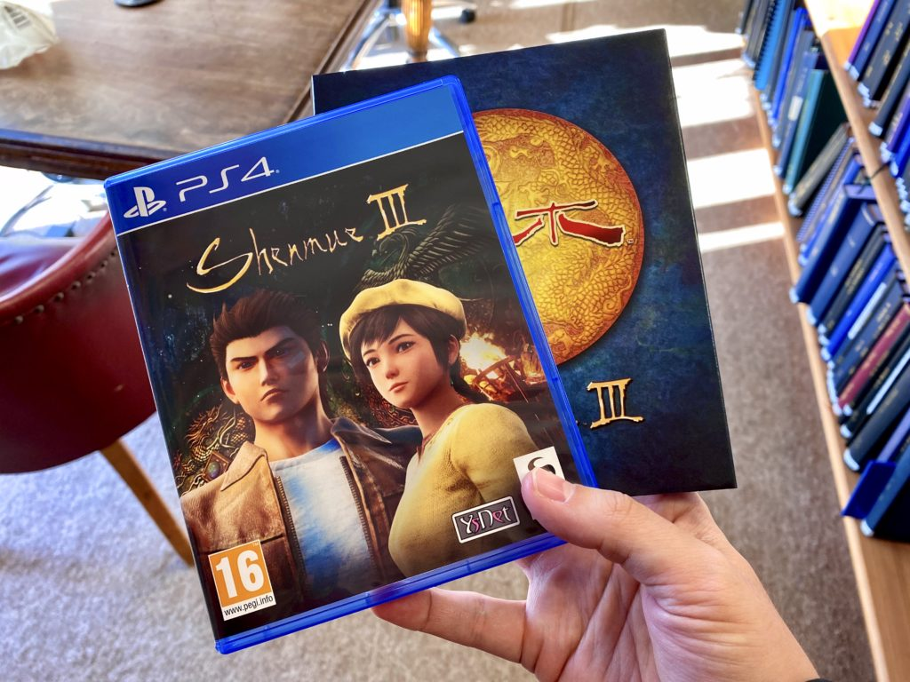 Shenmue III in hand